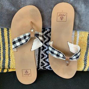Reef sandals size 8. Plaid strap